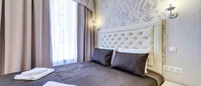 mini hotel expedia